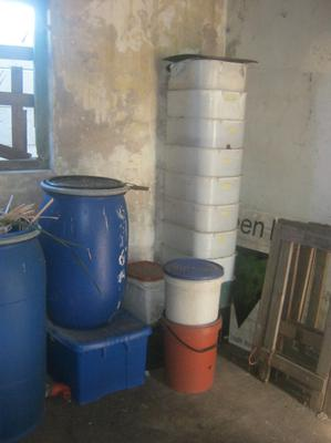 A variety of worm breeding bins